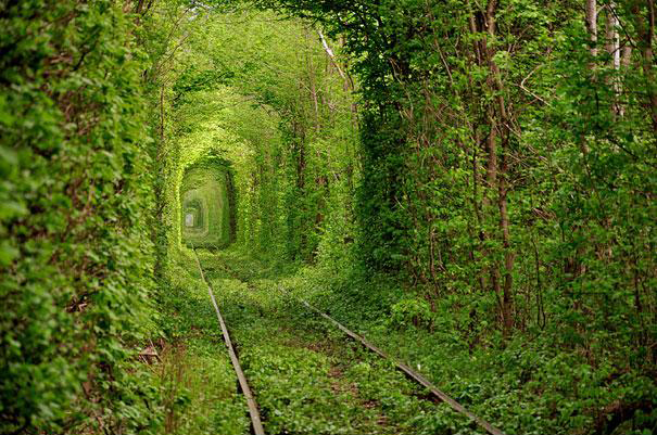 tunnel-of-love-ukraine-1